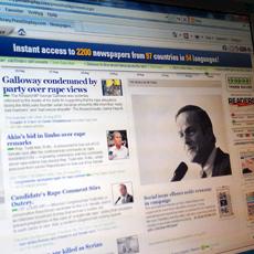 Dataskärm som visar webbplatsen för databasen Library PressDisplay.