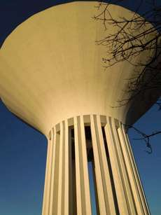Vattentornet i Bolönderna i Uppsala.